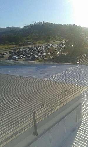 Conserto do telhado